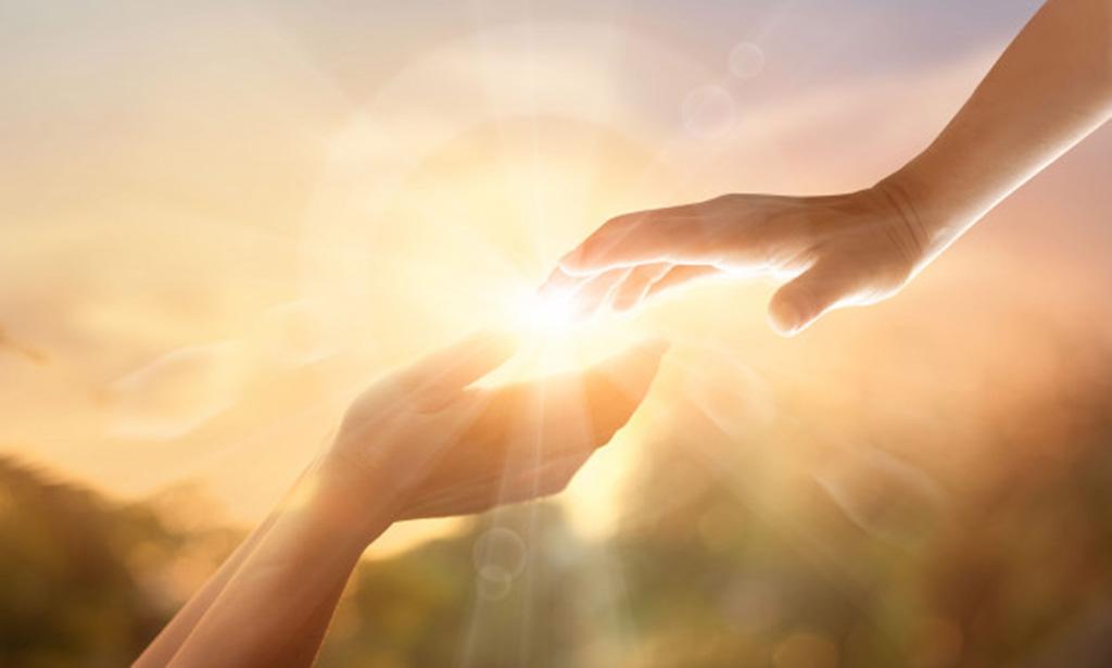 Przyjmijcie-pomocna-reke-Chrystusa