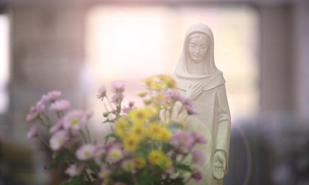 Boski-rodowod-Maryja