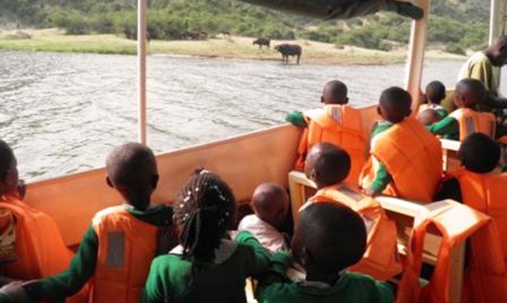 Prezent na gwiazdkę – zbieramy na safarii dla dzieci